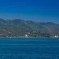 Aussicht von Deck der Fähre nach Elba