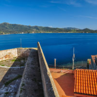 Blick von der Forte Stella auf die Bucht von Portoferraio