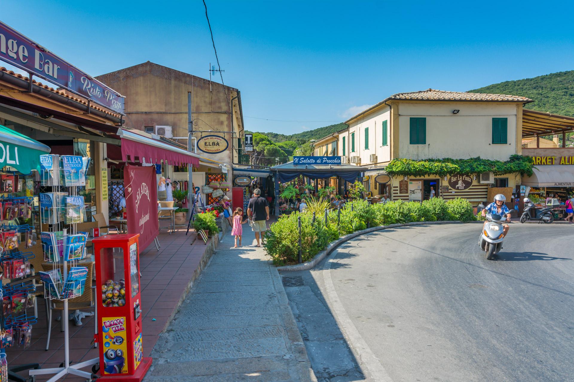 Procchio Elba Karte.Procchio Insel Elba Der Grosse Reisefuhrer